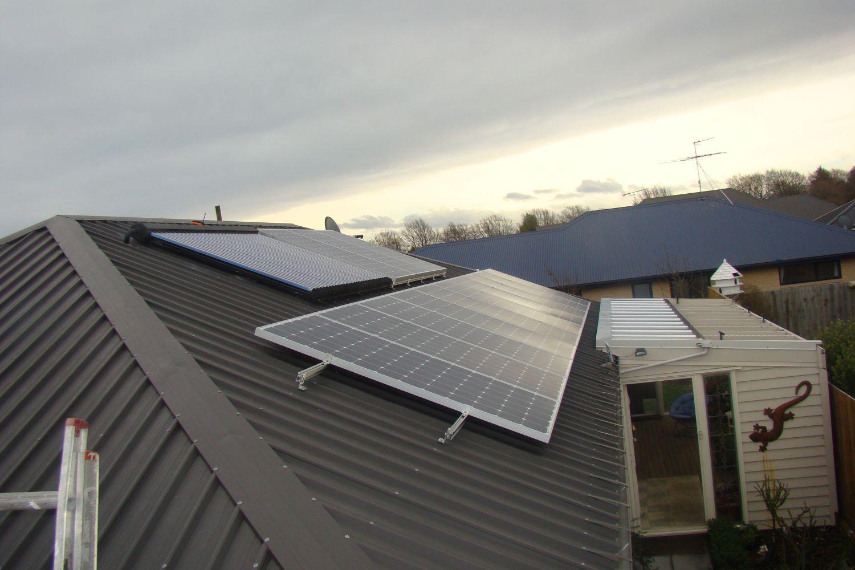 Meridian Cuts Solar Power Buy Back Rates