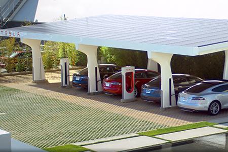tesla-supercharger-solar-station
