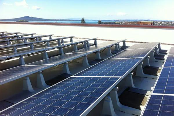 tilted solar panels to 10 degrees